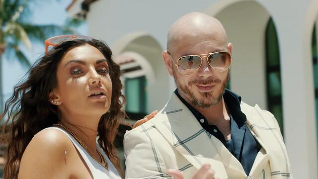 NEW 2019! Elettra Lamborghini ft. Pitbull Y ChildsPlay - *Tócame*(Vídeo oficial)