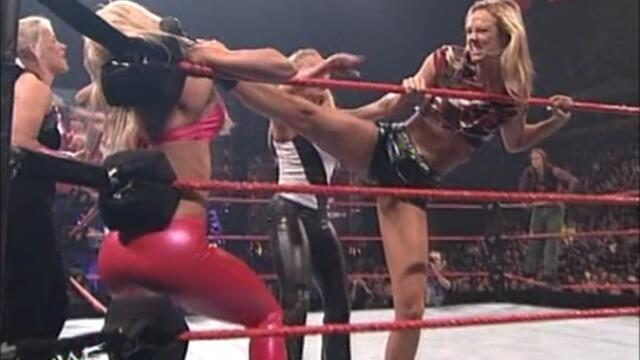 Lita and Torrie Wilson vs Mighty Molly and Stacy Keibler