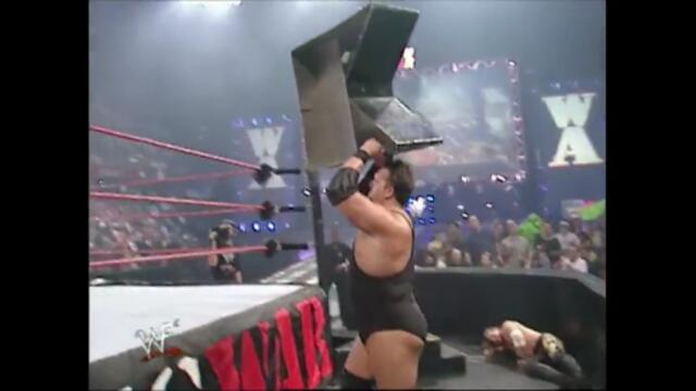 Chris Jericho vs The Big Show (WWF Hardcore Championship)