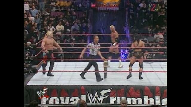 Chris Jericho vs Chyna vs Hardcore Holly (Triple threat match for the Undisputed WWF Intercontinental Championship)