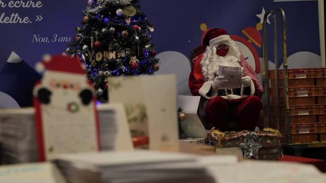 Covid-19 woes dominate messages from children writing to Santa say 'elves' at French post office