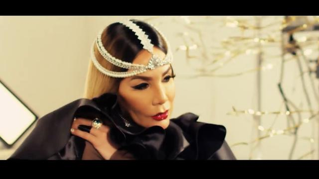 Ivy Queen - *Llego La Queen* (Video Oficial)