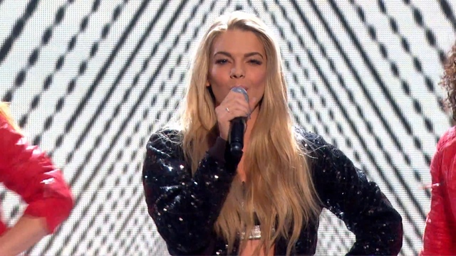 Louisa Johnson performs Michael Jackson classic  - Live Week 2 - The X Factor 2015